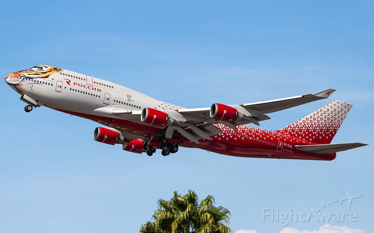 Boeing 747-400 (EI-XLD)