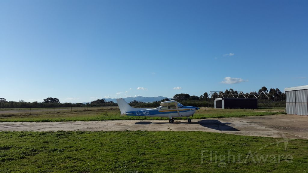 Cessna Skyhawk (ZS-MDF)