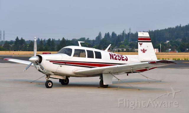 Mooney M-20 (N25EJ) - Mooney M20F Executive N25EJ in Spokane Felts Field