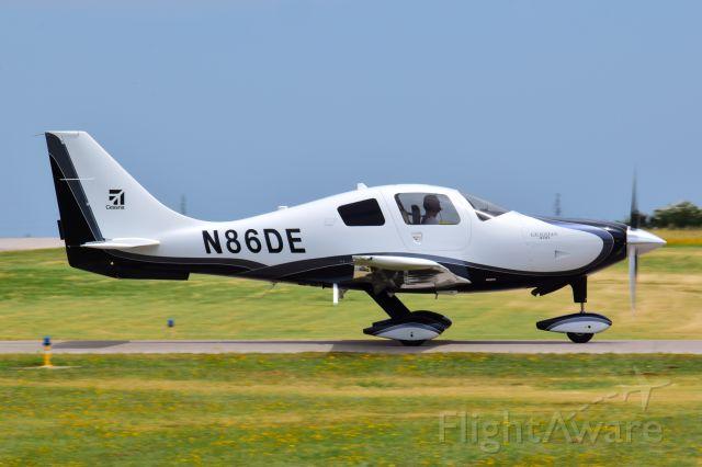 Cessna 400 (N86DE)