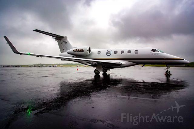 Embraer Phenom 300 (N199BA)