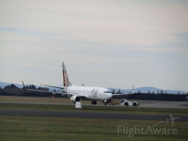Boeing 737-700 (DQ-FJM)