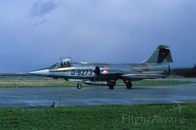 Canadair CL-201 Starfighter (D8273) - 306 sqn F-104G equpped with the ORPHEUS reconnaissance-pod