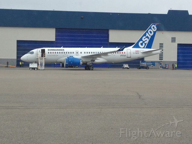 Bombardier CS100 (C-FBCS) - FTV1 - Premier CS100 de Bombardier à Mirabel. Il devrait faire son premier vol dans moins de deux semaines.