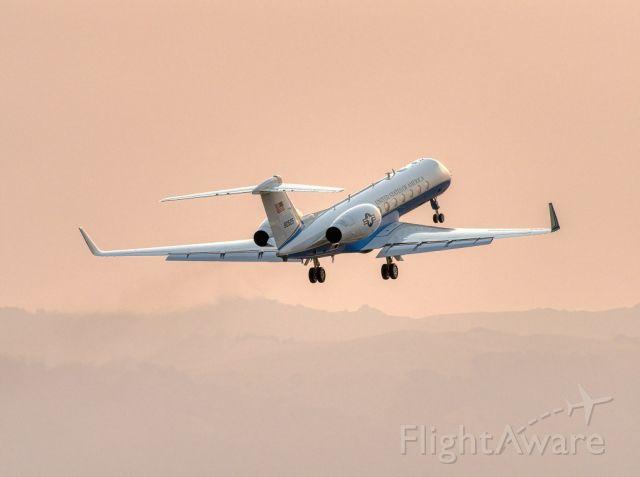 09-0525 — - 09-0525 C-37A / Gulfstream 5 departs Livermore Municipal Airport, Livermore CA. August 2020
