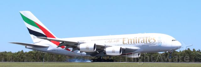 Airbus A380-800 (A6-EED) - Smokedown!