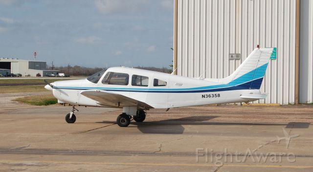Piper Cherokee (N36358)