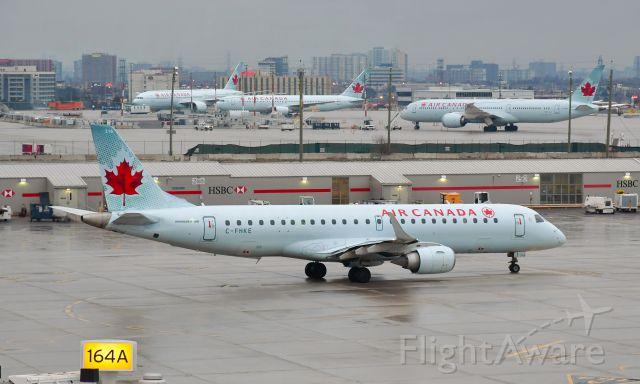 Embraer ERJ-190 (C-FHKE) - Air Canada Embraer ERJ-190AR C-FHKE in Toronto