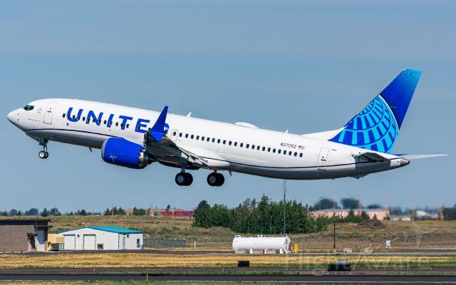 Boeing 737 MAX 8 (N27252) - BOE452