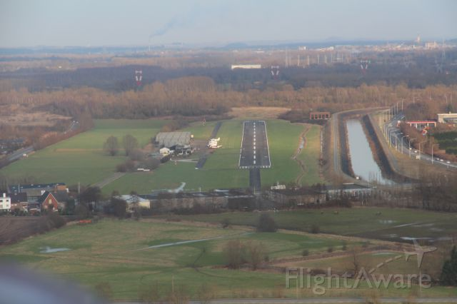 — — - landing to EBSG with cessna 150  runway 09 for a full stop