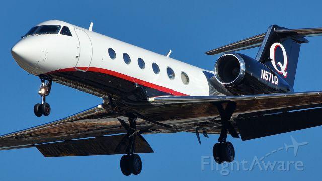 Gulfstream Aerospace Gulfstream IV (N57LQ) - 31L approach.