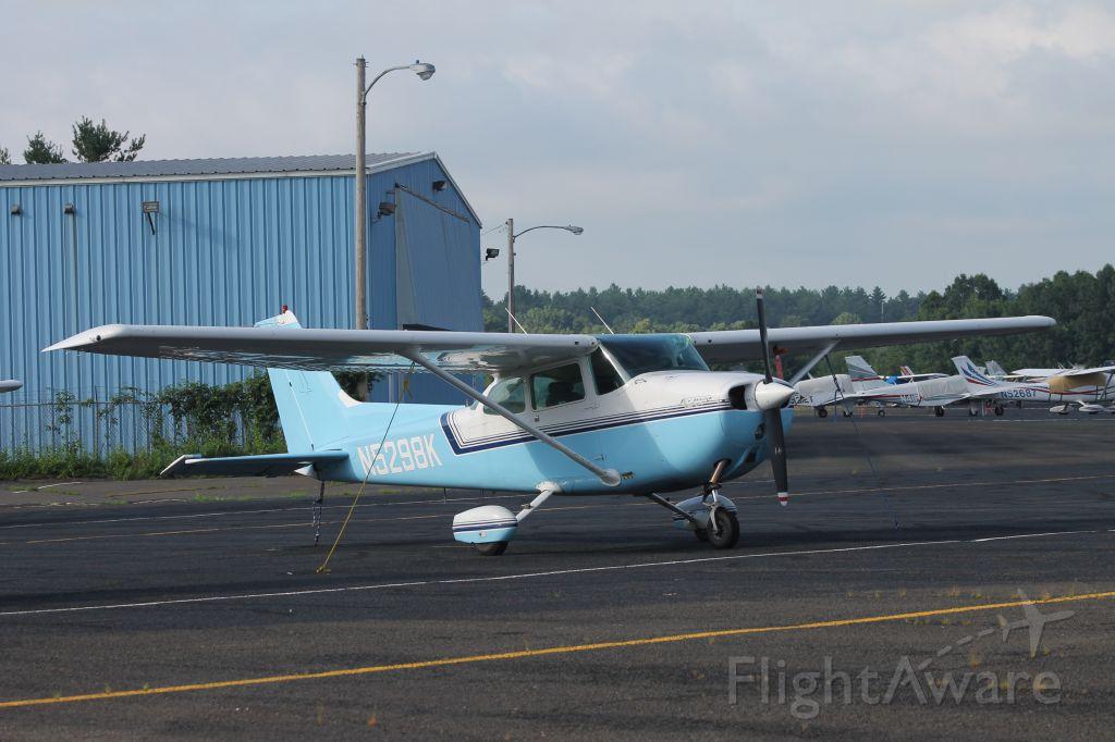 Cessna Skyhawk (N5298K) - Copyright 2013 GA Spotter Photography