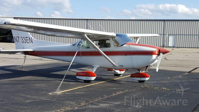 Cessna Skyhawk (N733EN)