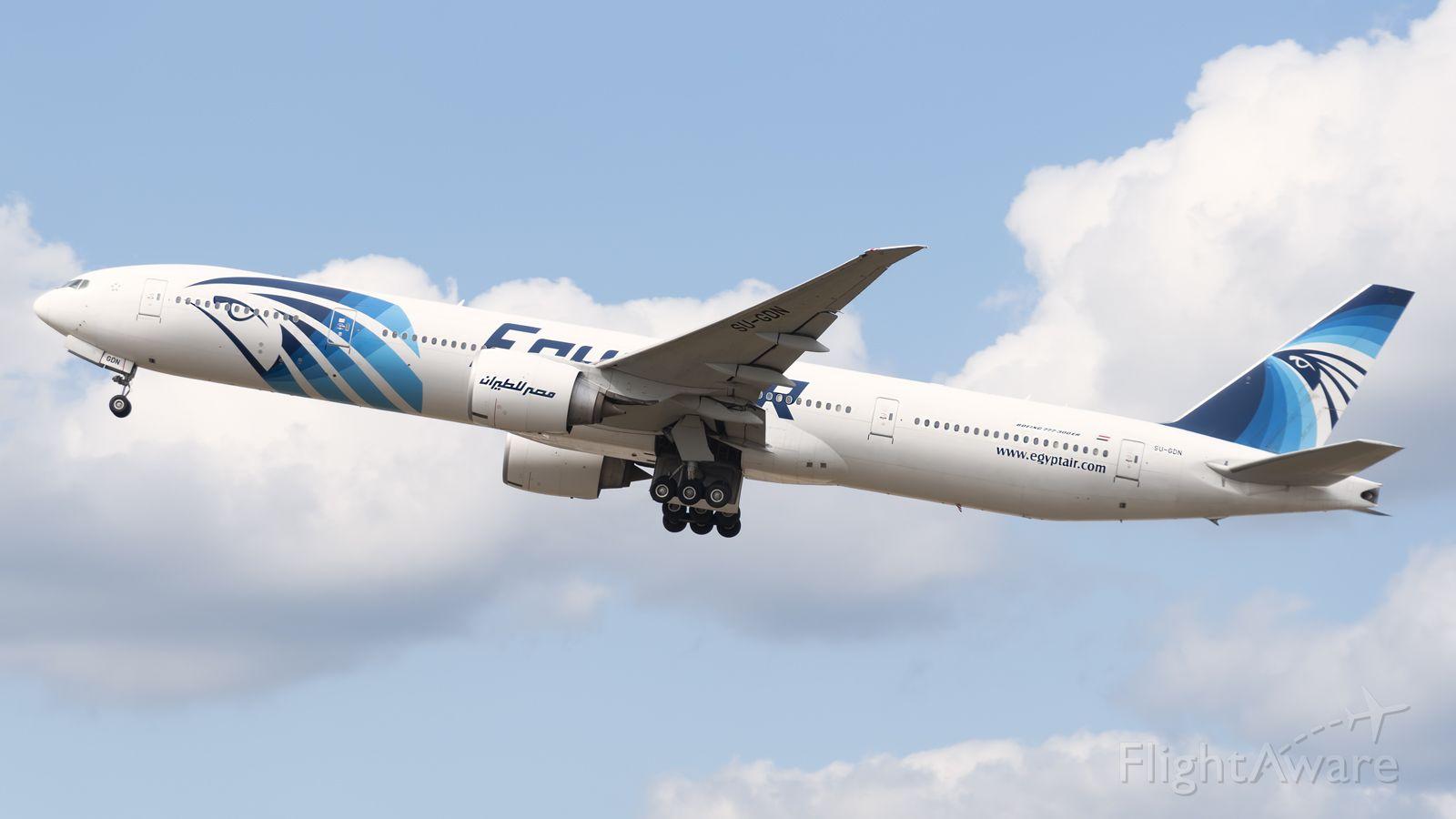 Boeing 777-200 (SU-GDN)