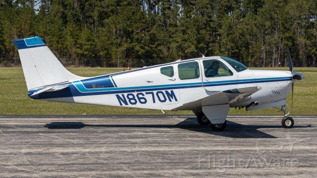 Beechcraft Bonanza (33) (N8670M)