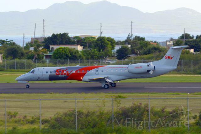 Embraer ERJ-145 (HI1052) - Embraer ERJ-145 landing at TQPF