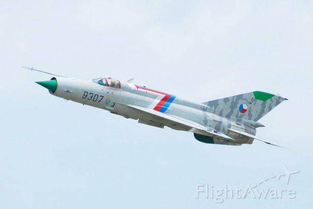 — — - MiG-21MF Photo was taken at Willow Run Airport, Ypsilanti, Michigan, U.S.A.