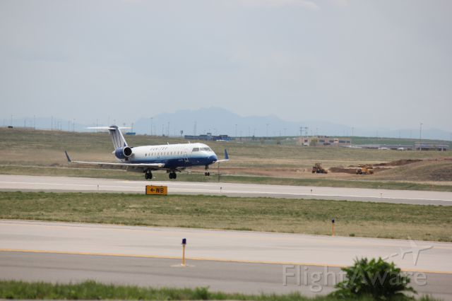 Canadair Regional Jet CRJ-200 (N983SW) - Landing on 34R at DIA with a blown out nose tire.