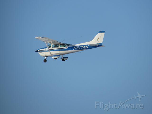 Cessna Skyhawk (N5174H)