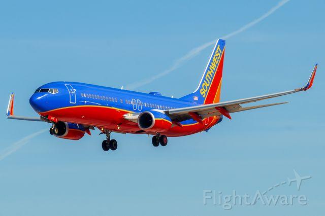 Boeing 737-800 (N8612K) - 2/9/2014