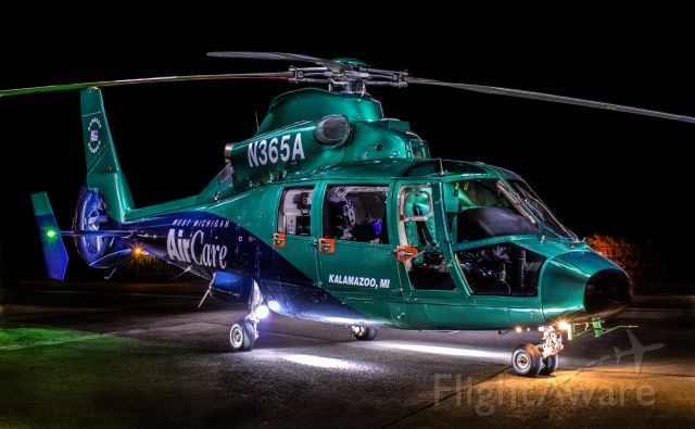 VOUGHT SA-366 Panther 800 (N365A) - Night photo/project by Eric Klien. Airbus (Eurocopter) 365N2