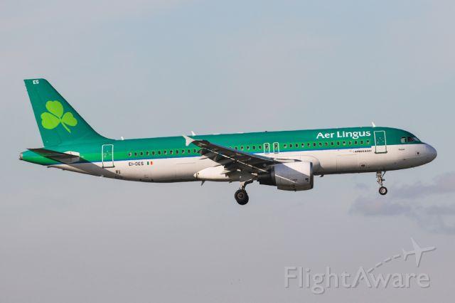 Airbus A320 (EI-DES) - EI204 arriving from Dublin