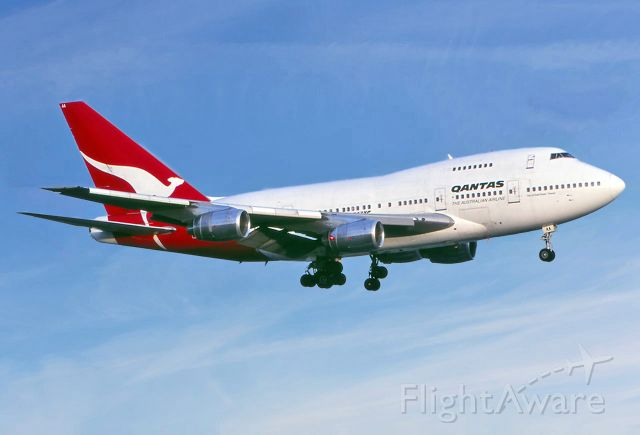 VH-EAA — - QANTAS - BOEING 747-SP-38 - REG : VH-EAA (CN 22495/505) - KINGSFORD SMITH SYDNEY NSW. AUSTRALIA - YSSY 27/6/1988