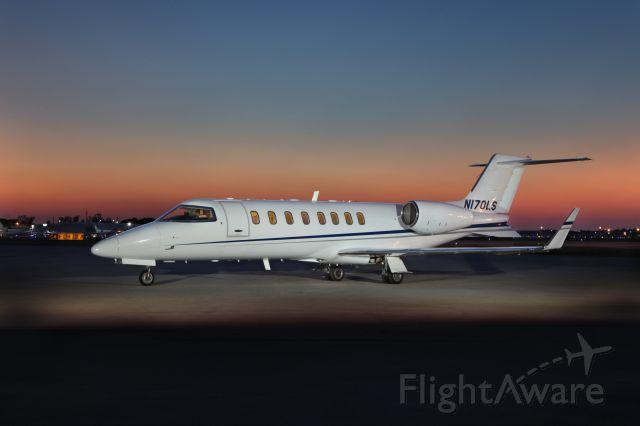 Learjet 45 (HPJ170)