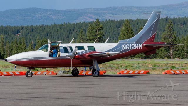 Piper Aerostar (N612HM) - Piper Aerostar taxiing on Quebec (3 June, 2021)