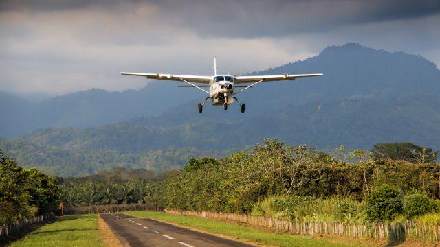 Cessna Caravan (TI-BCX)