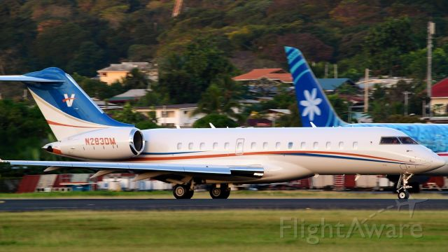 Bombardier Global Express (TWY66)