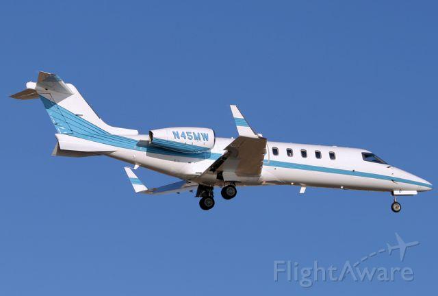 Learjet 45 (N45MW)