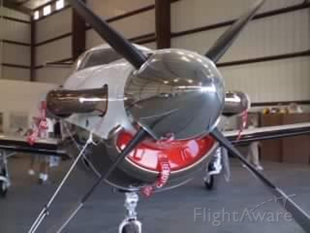 N78WC — - The front of the plane at Kwjf