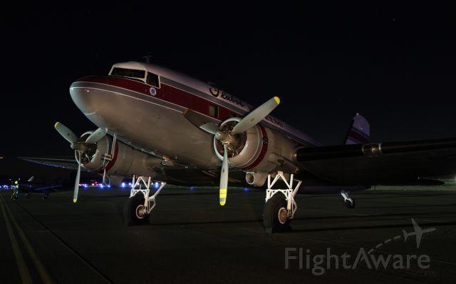 Douglas DC-3 (N103NA)