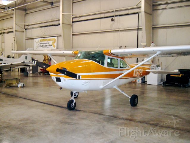 Cessna Skylane (N182PU) - 182 used by Purdue University for high performance endorsements