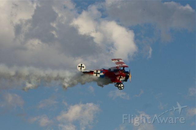 — — - Fokker Dr. 1 .  Old Rhinebeck Aerodrome 10/17/10