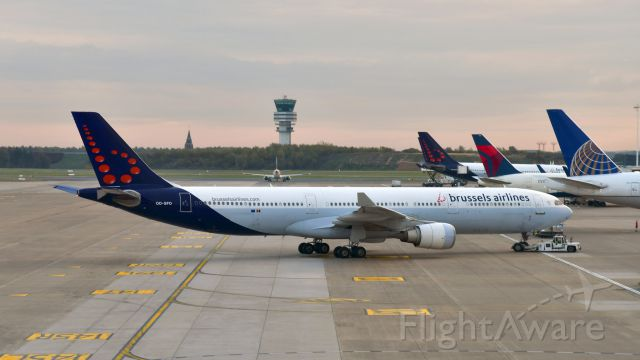 Airbus A330-300 (OO-SFO) - Brussels Airlines Airbus A330-301 OO-SFO in Brussels