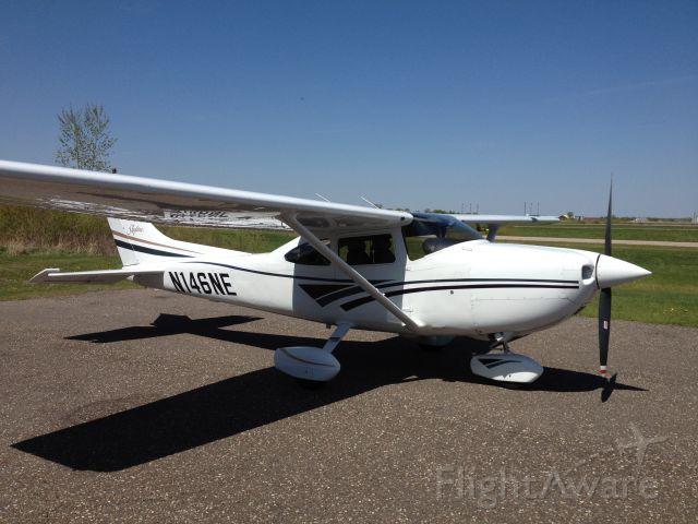 Cessna Skylane (N146NE)