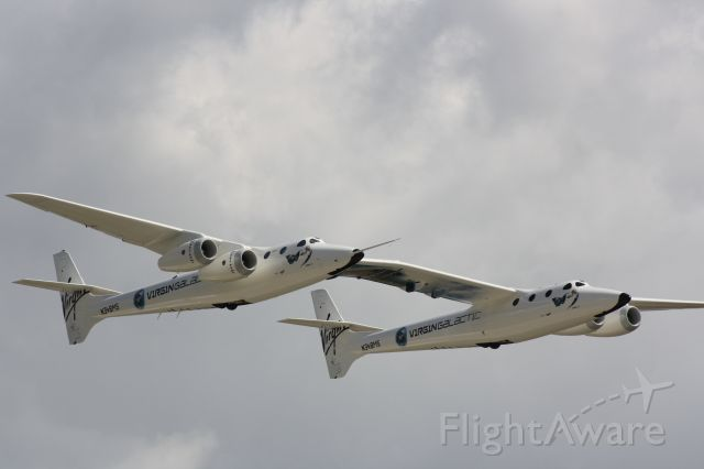 Scaled Composites White Knight 2 (N348MS) - I wonder which side you fly the aircraft on?