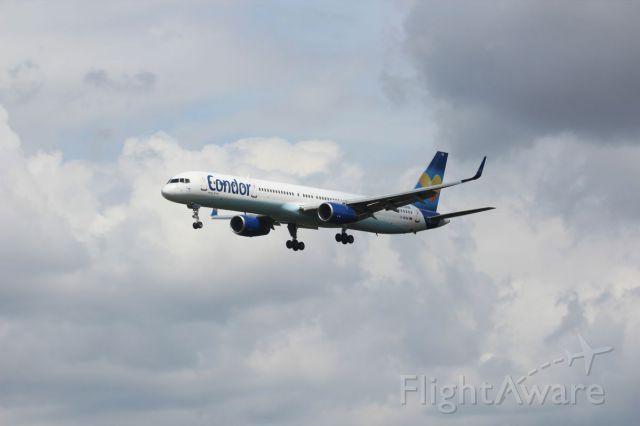 BOEING 757-300 (D-ABOM) - Spotting at EDDF, May 9th, 2015