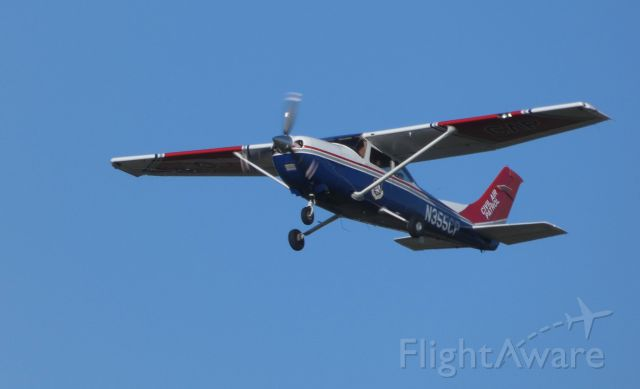 Cessna Skylane (N355CP) - Shortly after departure is this 2005 Cessna 182T Skylane in the Autumn of 2019.
