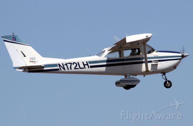 Cessna Skyhawk (N172LH)