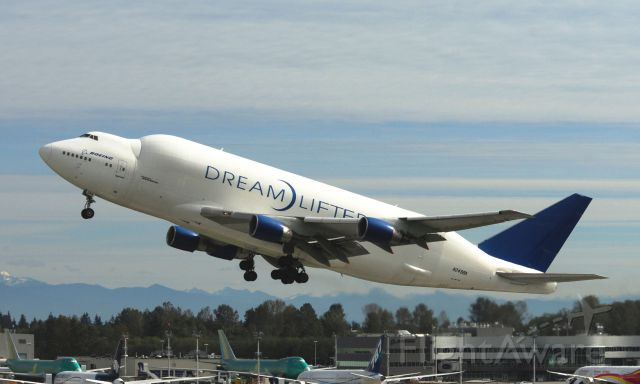Boeing Dreamlifter (N249BA) - Doeing DREAMLIFTER N249BA