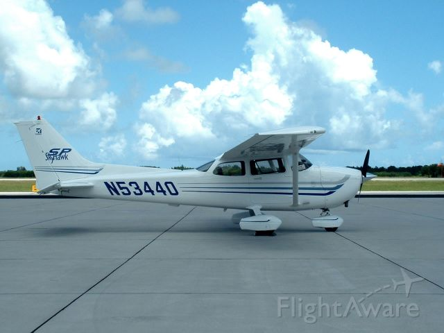 Cessna Skyhawk (N53440) - 2003 C172S