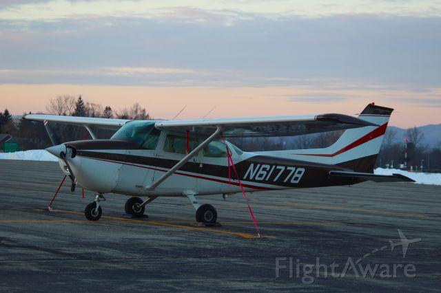 Cessna Skyhawk (N61778)