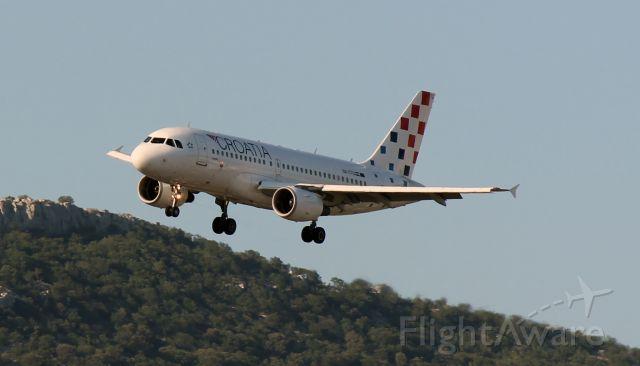 — — - 1 km east of Split Airport (SPU/LDSP)