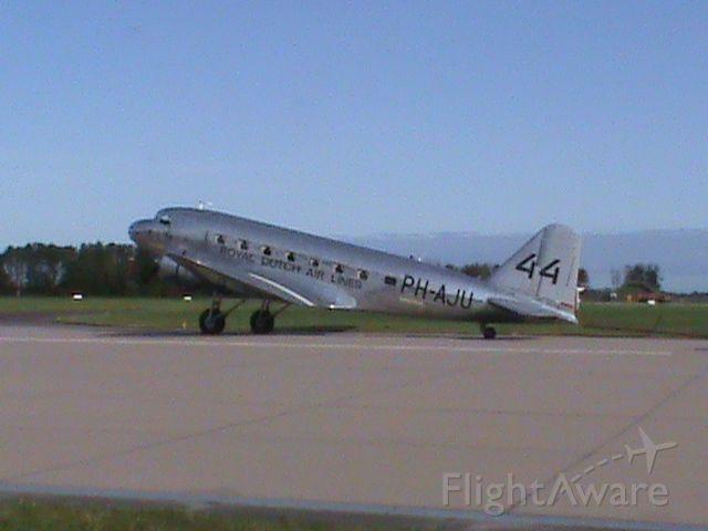 Douglas DC-2 (PH-AJU)