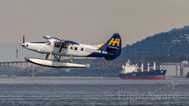De Havilland Canada DHC-3 Otter (C-FITF) - De Havilland Canada DHC-3T Vazar Turbine Otter outbound from Vancouver Harbor Seaport