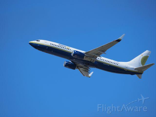Boeing 737-800 (N734MA)