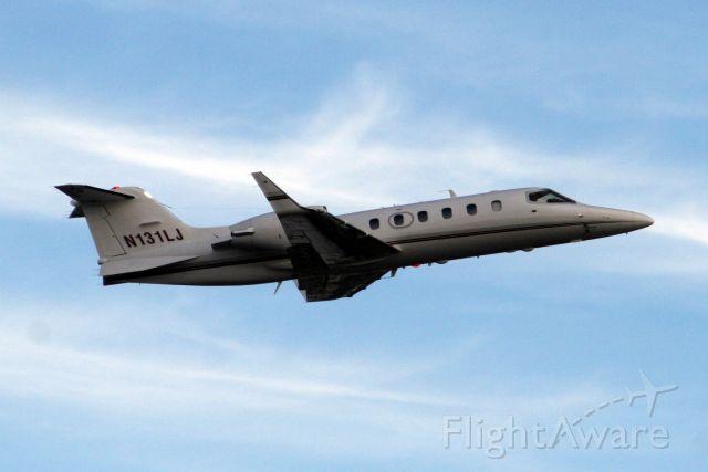 Learjet 31 (N131LJ) - 26-Oct-09